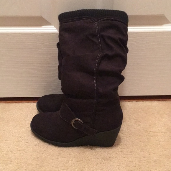 Mudd Shoes - Mudd black suede boots 7.5